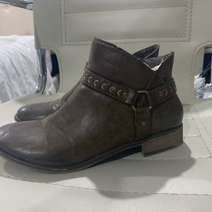 ROXY BROWN LEATHER BOOTIES